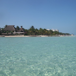 """Isla Mujeres • <a style=""""font-size:0.8em;"""" href=""""http://www.flickr.com/photos/70723747@N06/13300307013/"""" target=""""_blank"""">View on Flickr</a>"""